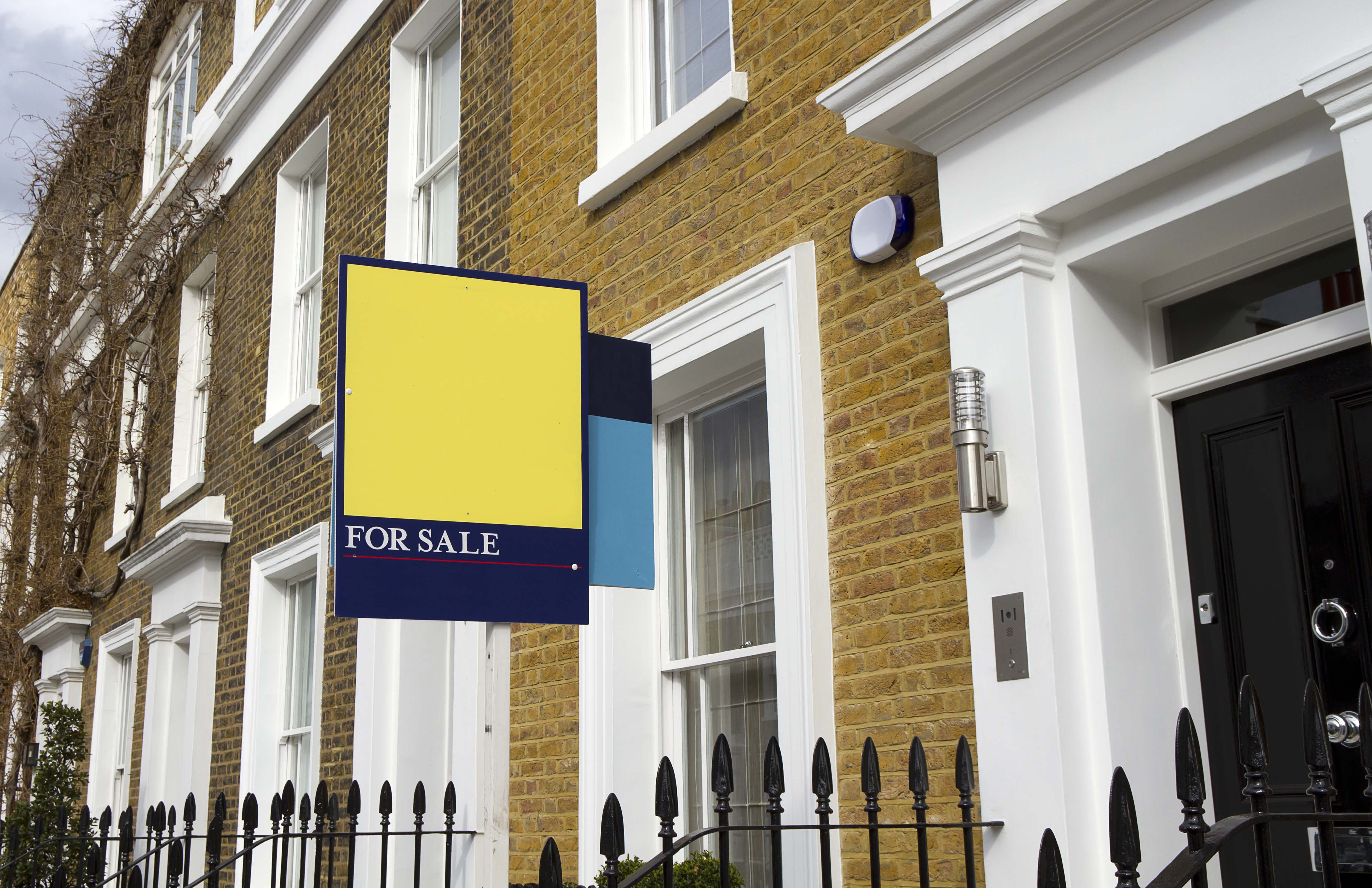 2321464-for-sale-sign-london-street