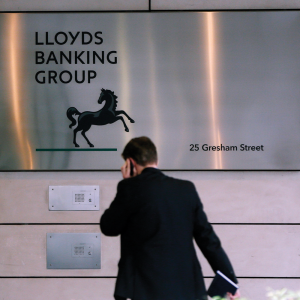 Taxpayers' stake in Lloyds down to 2%