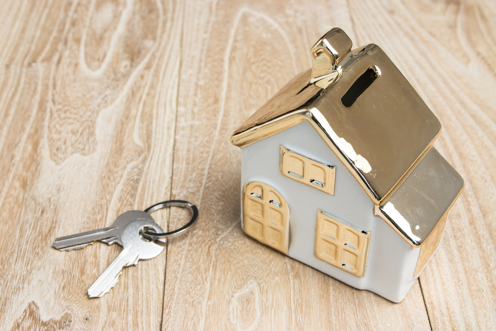 House and keys shutterstock_620746034