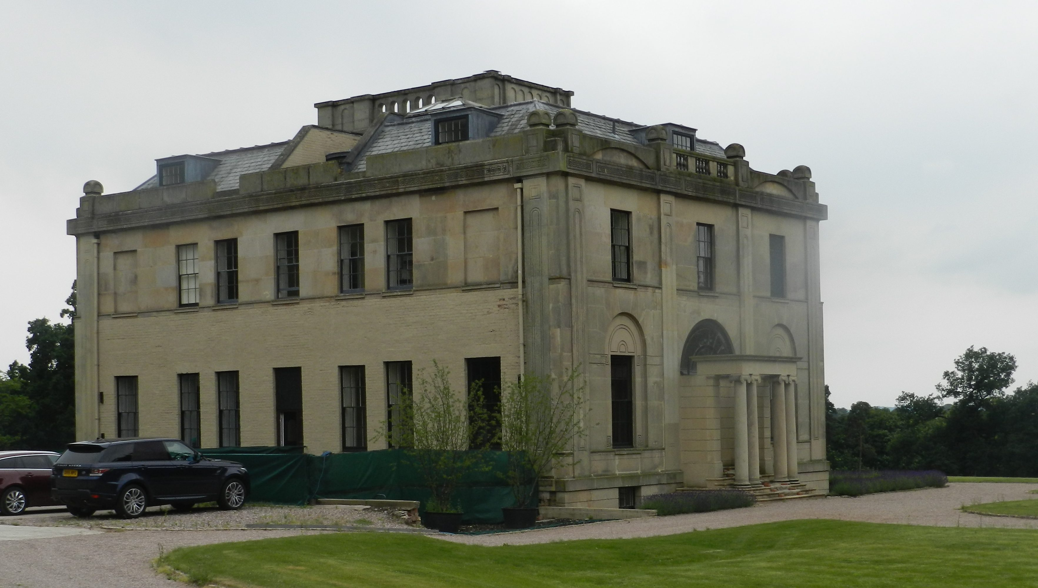 Mansion-Listed-Building