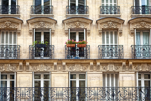 paris apartment block