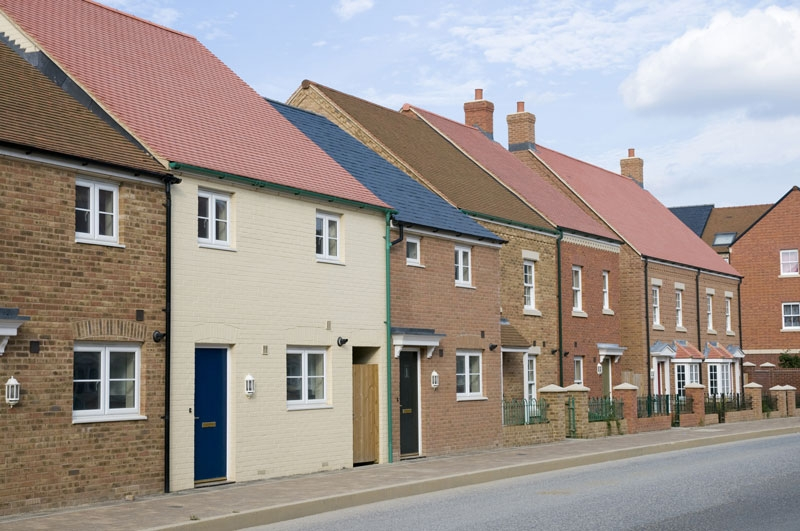 /IMG/997/110997/row-of-houses.JPG